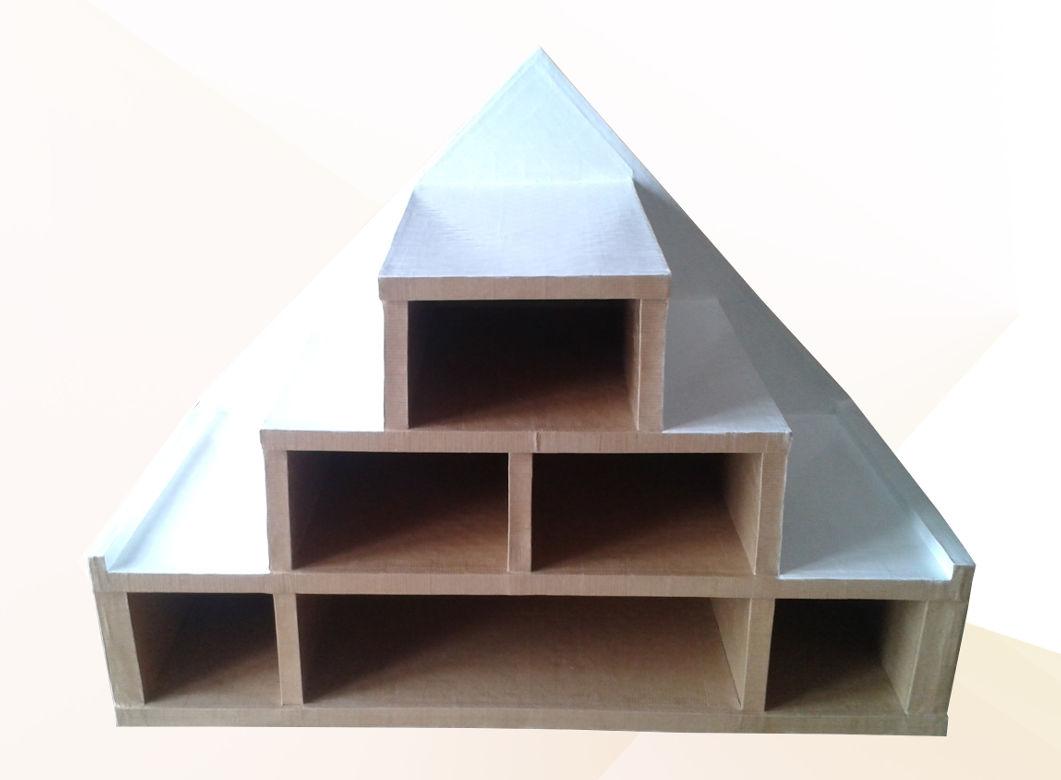 cartsandra-b-meuble-pyramyde
